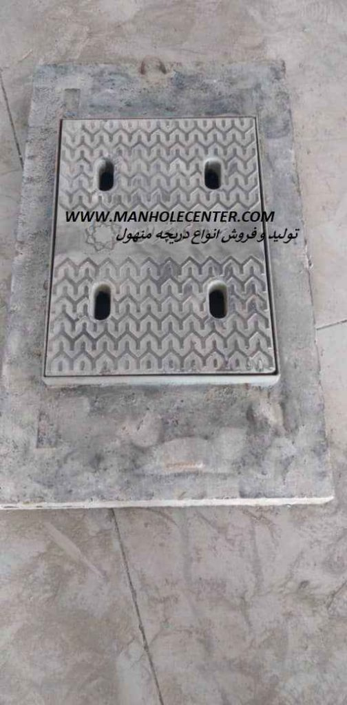 دریچه منهول در شیراز